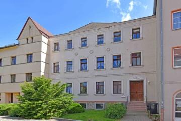 Familienfreundliches Mehrfamilienhaus in idyllischer Lage, 04651 Bad Lausick, Mehrfamilienhaus