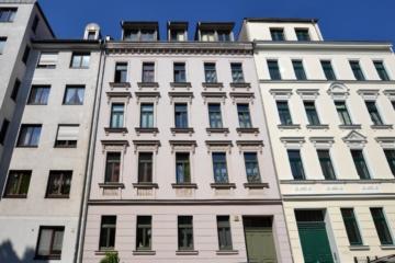 Wunderschöne Wohnung in ruhiger und grüner Lage, 04229 Leipzig / Kleinzschocher, Dachgeschosswohnung