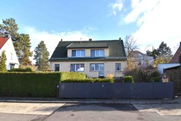 Charmante Doppehaushälfte mit Garten & Garage im Leutzscher Villenviertel, 04179 Leipzig / Leutzsch, Doppelhaushälfte