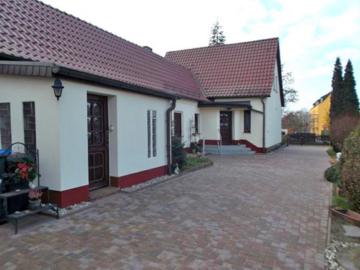 Wunderschönes Haus mit großem Grundstück unweit der Dübener Heide, 04838 Doberschütz, Einfamilienhaus